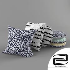 Pillow By Studio Lilesadi